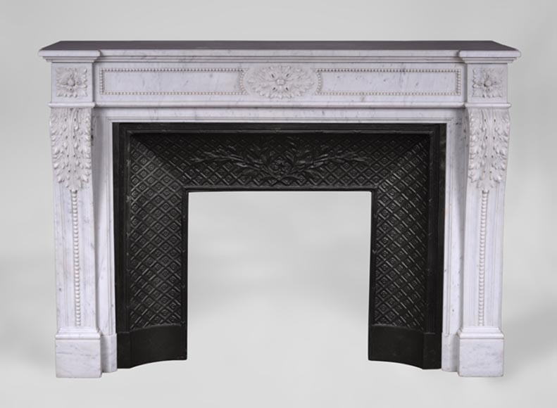 Antique Louis XVI style fireplace in Carrara marble with acanthus leaves and pearls frieze - Reference 3421