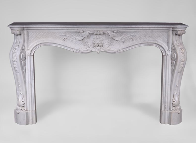 Important antique Louis XV style fireplace with opulent decor in white Carrara marble - Reference 3424