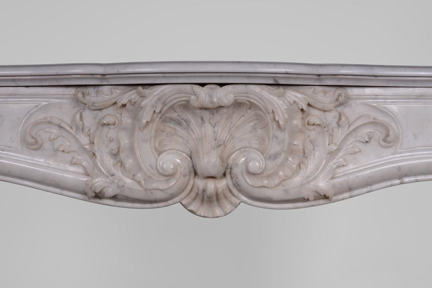 Antique Louis XV style fireplace in Carrara marble with large shell and rosettes -1