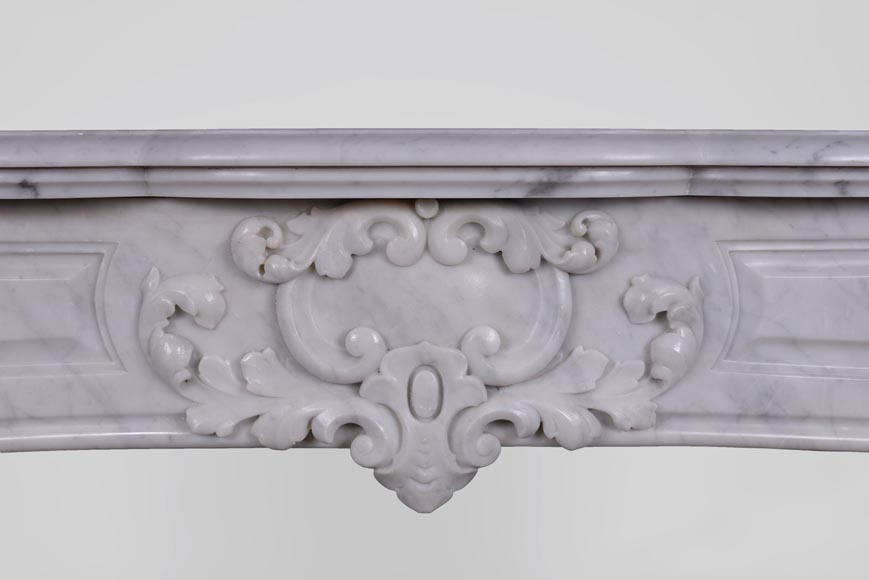 Antique Regence style fireplace in Carrara marble -1