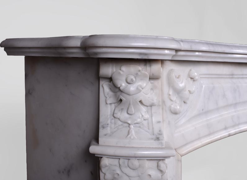 Antique Regence style fireplace in Carrara marble -3