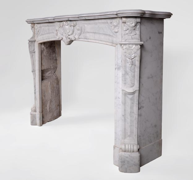 Antique Regence style fireplace in Carrara marble -5