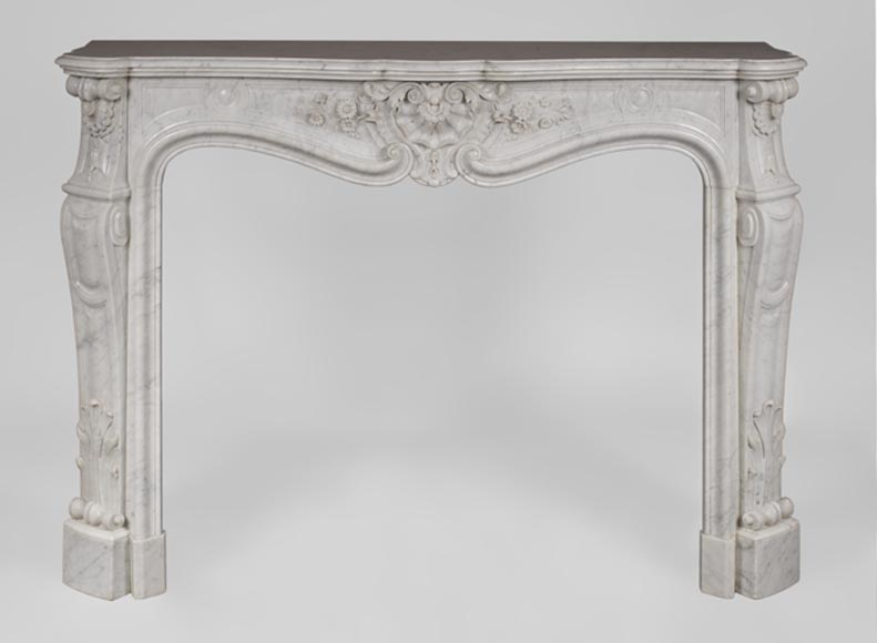 Beautiful antique Louis XV style fireplace with flowers decor in white Carrara marble - Reference 3430