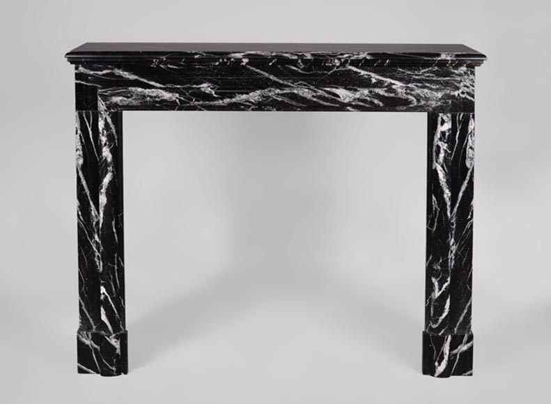 "Antique Louis XIV style fireplace in Black Marquina marble with ""Bollection"" - Reference 3440"