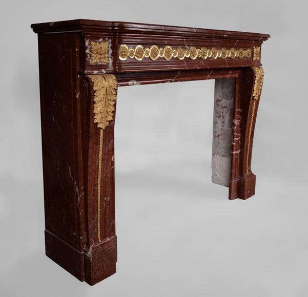 Antique Louis XVI style fireplace made of Ancient Red marble with gilt bronze rosettes and acanthus leaves -3