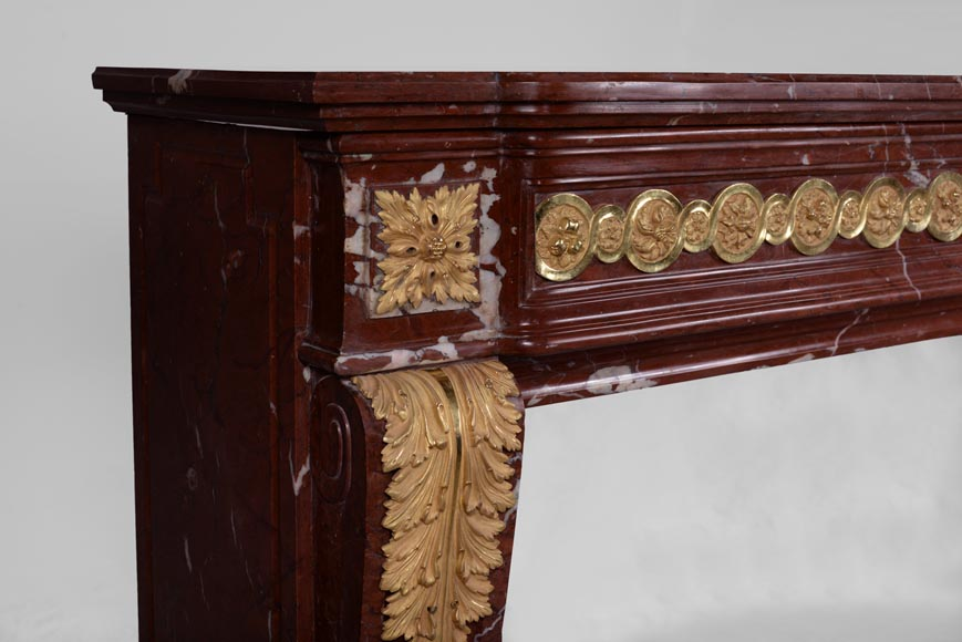 Antique Louis XVI style fireplace made of Ancient Red marble with gilt bronze rosettes and acanthus leaves -4