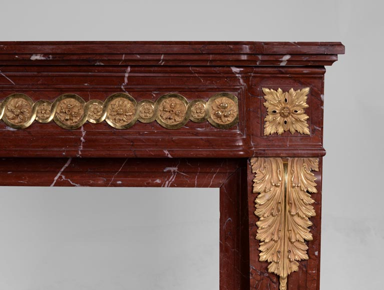 Antique Louis XVI style fireplace made of Ancient Red marble with gilt bronze rosettes and acanthus leaves -8