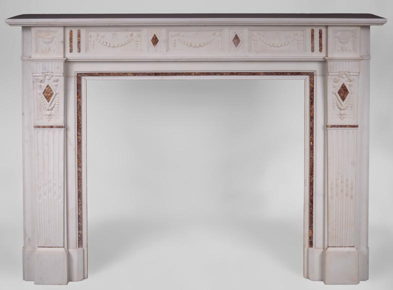 Beautiful Victorian style antique fireplace with garlands and diamonds in Carrara Statuary marble and Violet Brocatelle marble, late 19th century-0