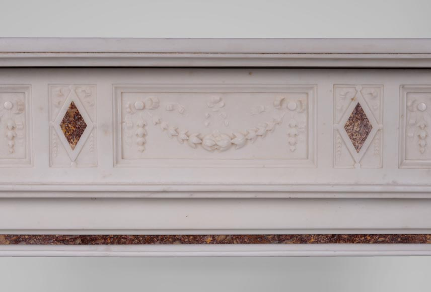Beautiful Victorian style antique fireplace with garlands and diamonds in Carrara Statuary marble and Violet Brocatelle marble, late 19th century-1
