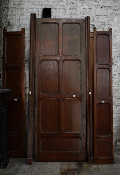 Antique large door in oak with paneled decoration, circa 1900-0