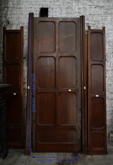 Antique large door in oak with paneled decoration, circa 1900-5