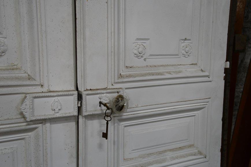 ... Antique Louis XVI style double door and cupboard double door in wood with rosettes ... & Antique Louis XVI style double door and cupboard double door in wood ...