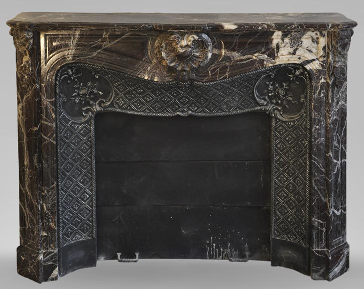 Antique Louis XV style fireplace in Rosso Levanto marble with its cast iron insert-0