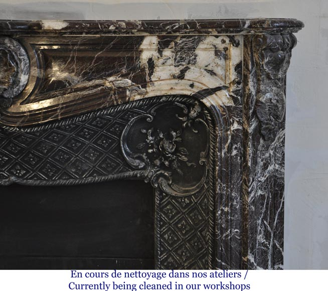 Antique Louis XV style fireplace in Rosso Levanto marble with its cast iron insert-8