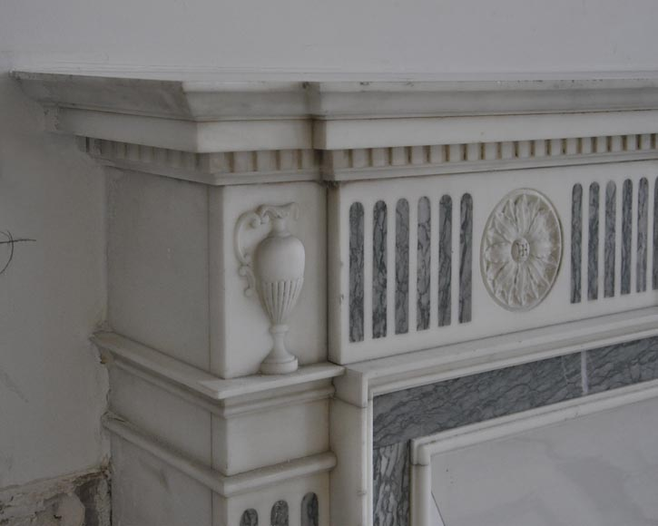 Beautiful Victorian style antique fireplace in Carrara Statuary marble and inlays of Vert d'Estours marble with vases and bowl-4
