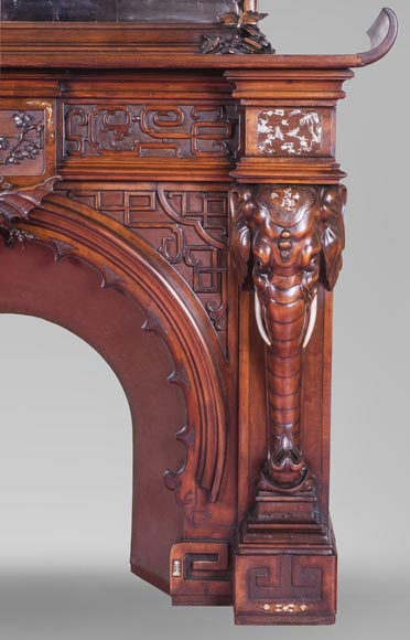 Maison des Bambous Alfred PERRET et Ernest VIBERT (attributed to), large Japanese style Fireplace with its trumeau, made out of harewood, decorated with elephant heads and dragons-7