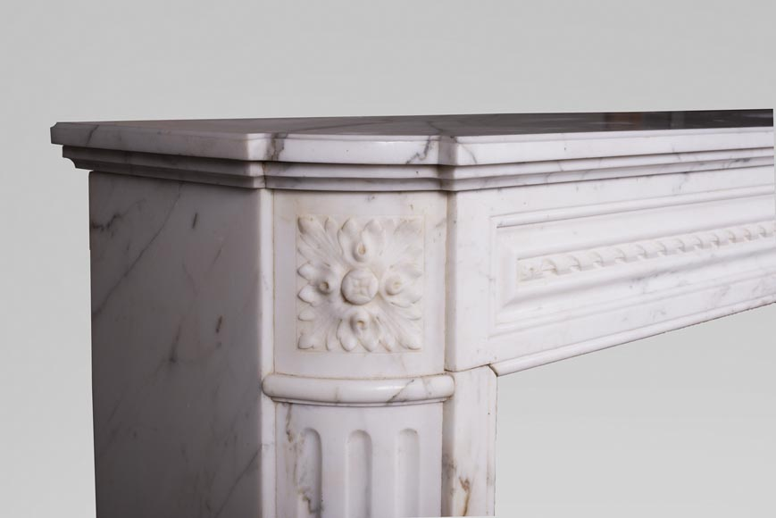 Antique Louis XVI style mantel with rounded corners, made out of Arabescato marble-3