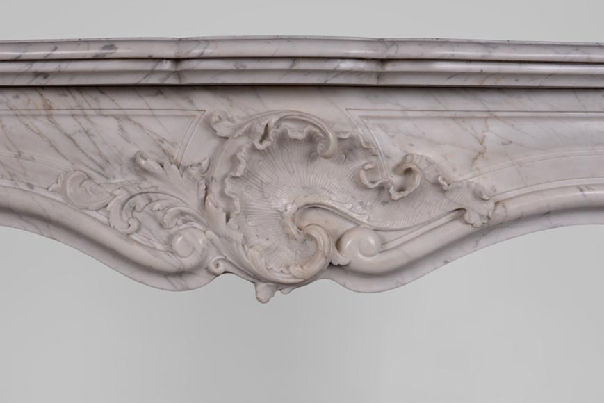 Antique Louis XV style fireplace in Arabescato marble with large asymmetrical shell-1