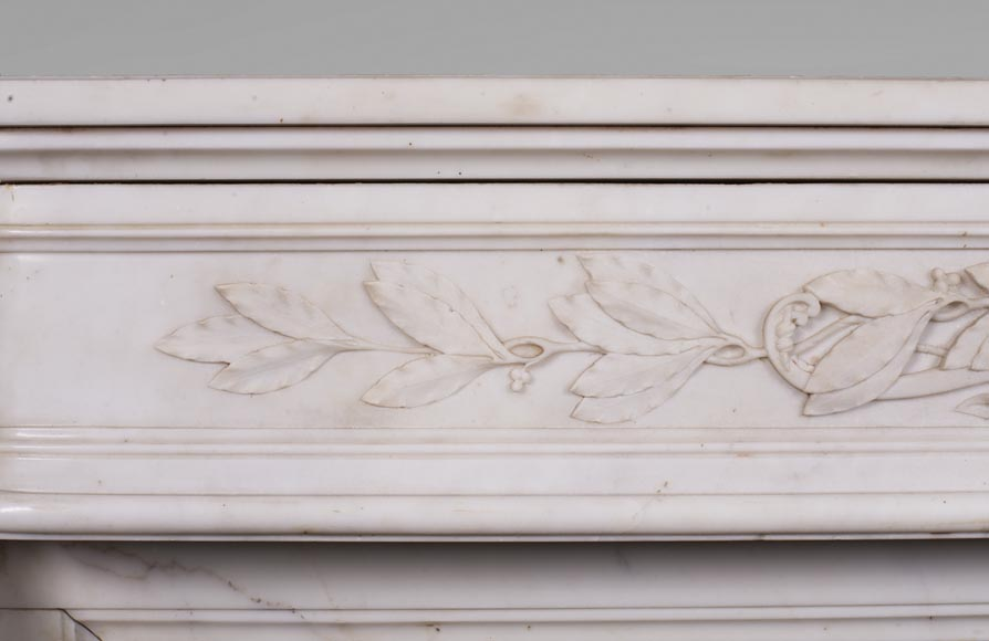 Antique Louis XVI style mantel in Carrara marble with quiver-2