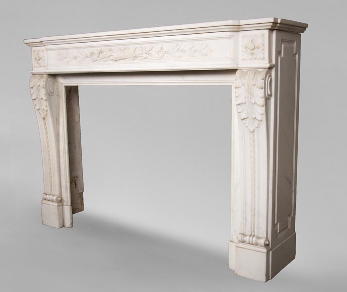 Antique Louis XVI style mantel in Carrara marble with quiver-7
