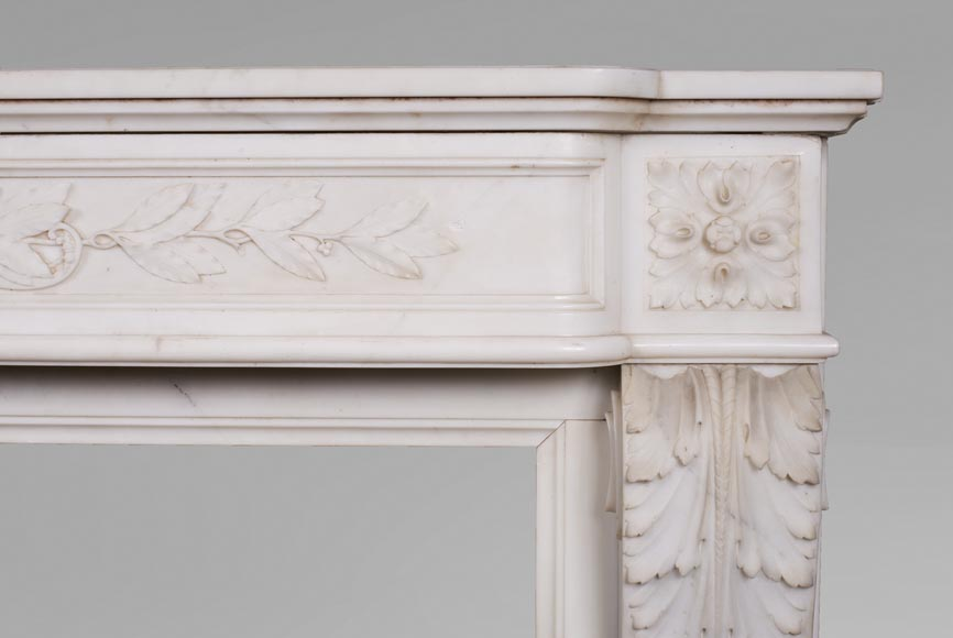 Antique Louis XVI style mantel in Carrara marble with quiver-8