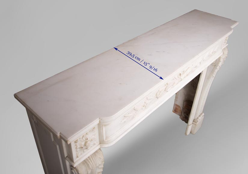 Antique Louis XVI style mantel in Carrara marble with quiver-10
