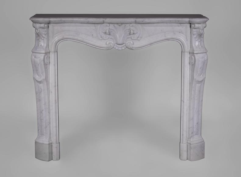 Antique Louis XV style fireplace in Carrara marble with shells of flowers - Reference 3556
