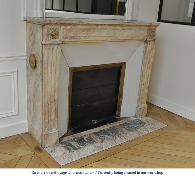 Antique Louis XVI style fireplace in pink marble with its marble floor and its enameled insert -2