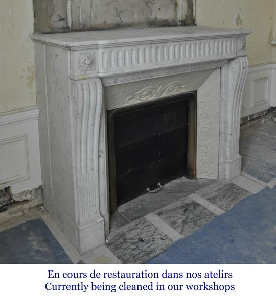 Antique Louis XVI style fireplace in Carrara marble with flutings-2