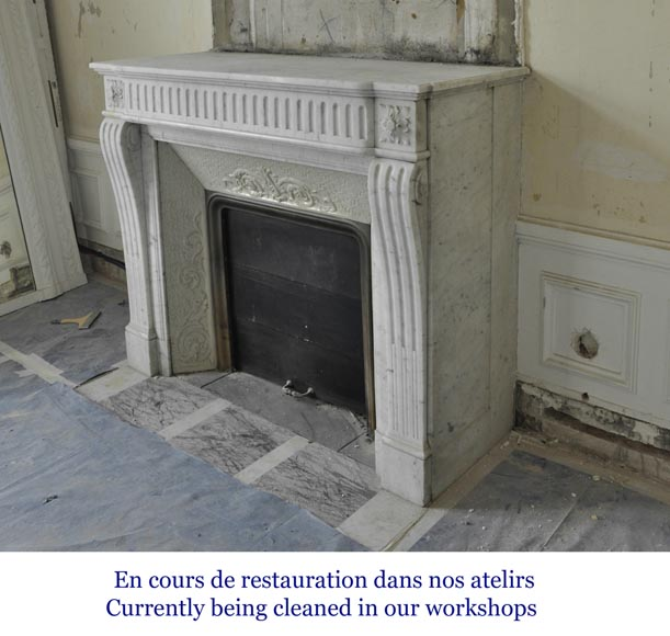 Antique Louis XVI style fireplace in Carrara marble with flutings-5