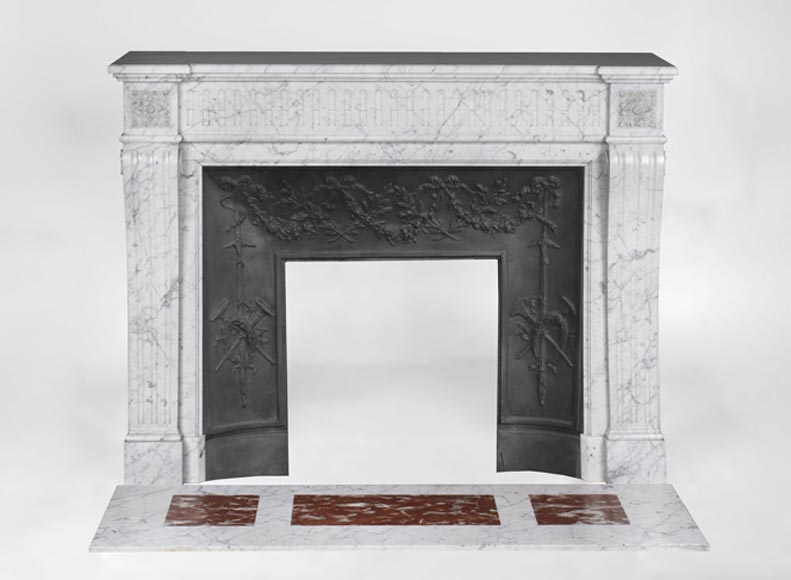 Beautiful antique Louis XVI style fireplace in Carrara marble with flutings - Reference 3600