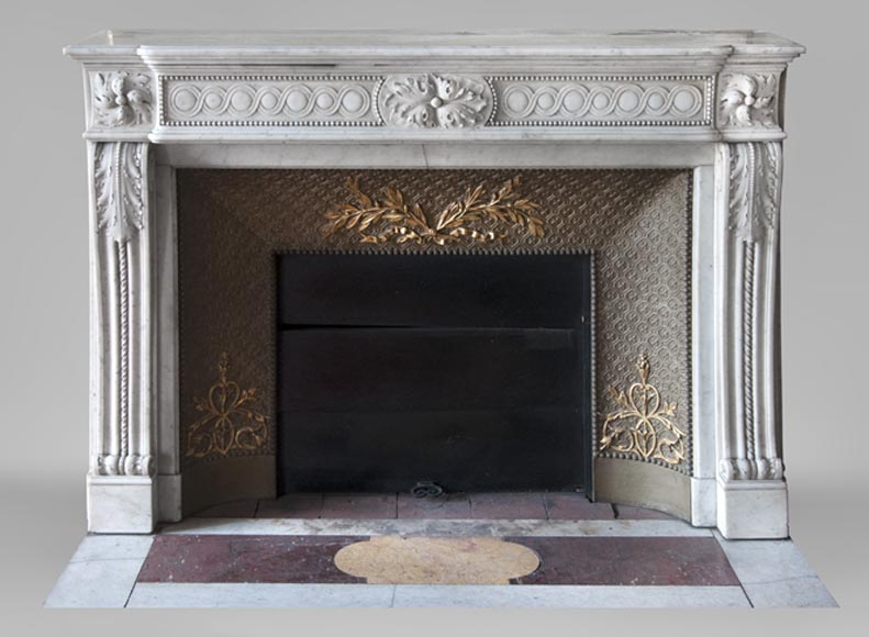 Beautiful antique Louis XVI style fireplace in Carrara marble decorated with acanthus leaves and pearls - Reference 3634