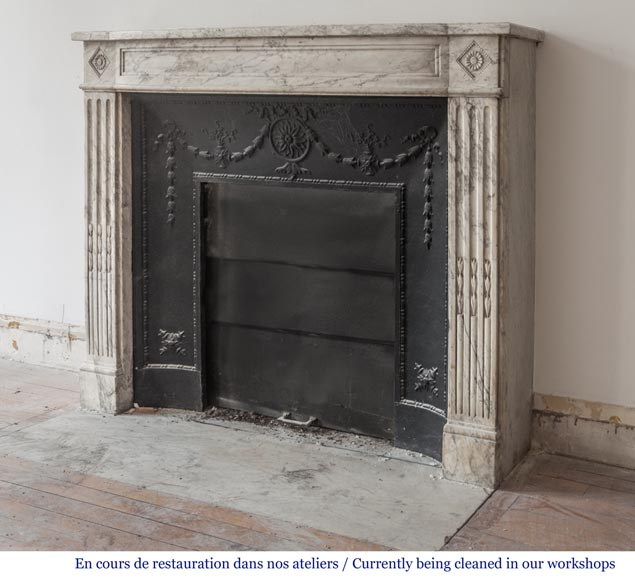 Beautiful antique fireplace from Louis XVI era in Arabescato marble decorated with rosettes and small pearls-6