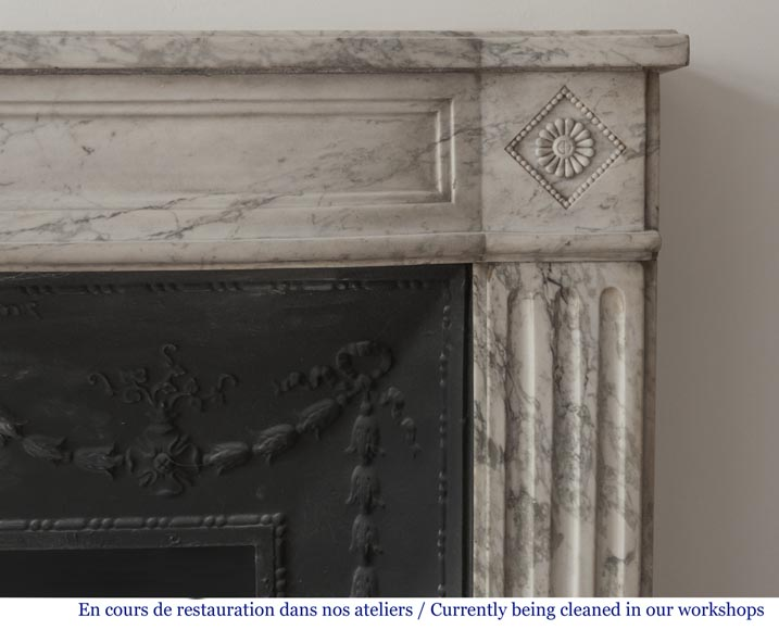 Beautiful antique fireplace from Louis XVI era in Arabescato marble decorated with rosettes and small pearls-7