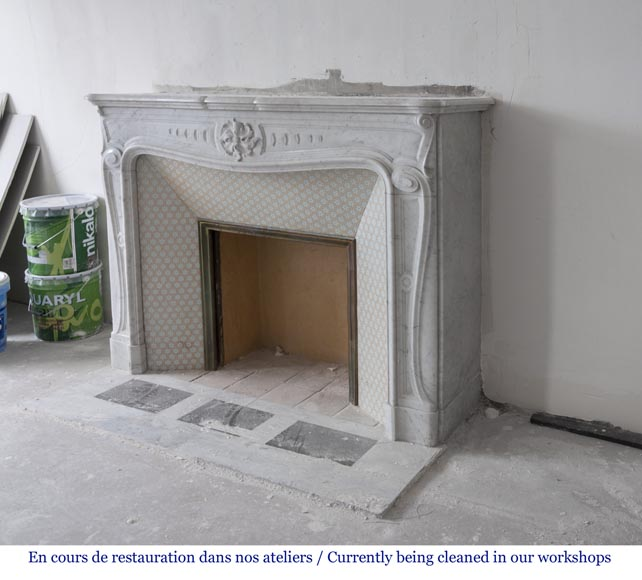 Beautiful antique Louis XV - Regence style inspired fireplace made of Carrara marble-5