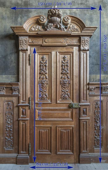 A beautiful set of carved wood two doors and dadoes-14
