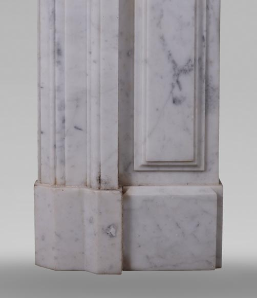 Antique Napoleon III style fireplace in Carrara marble and gilded bronze ornaments-7