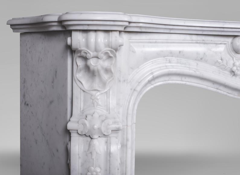 An antique Louis XV style fireplacewith three shells made out of Carrara marble-5