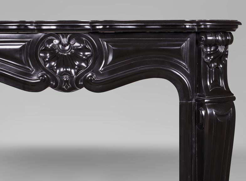 An antique Louis XV style fireplace with three shells, made out of Noir fin de Belgique marble-7