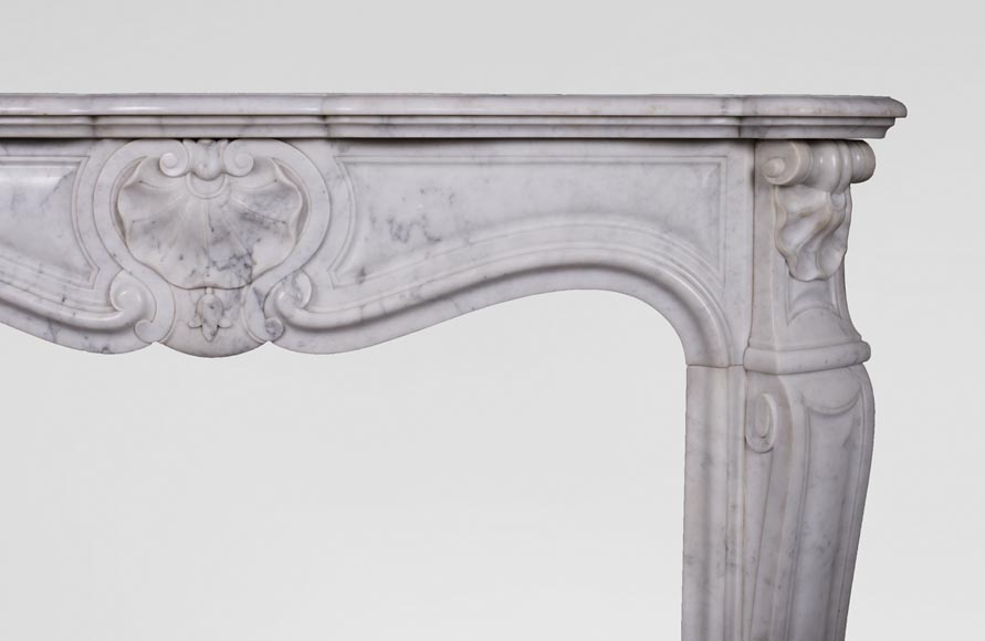 Antique Louis XV style three-shell fireplace in Carrara marble-6