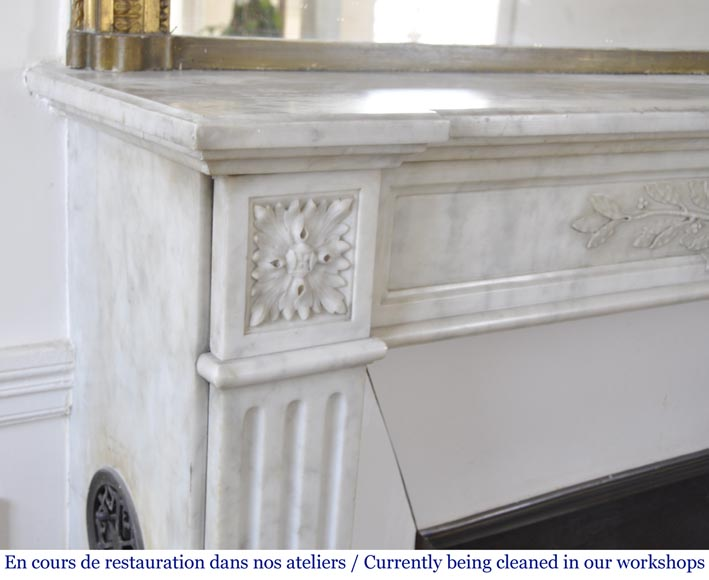 Antique Louis XVI style fireplace in Carrara marble with laurel wreath decoration-3