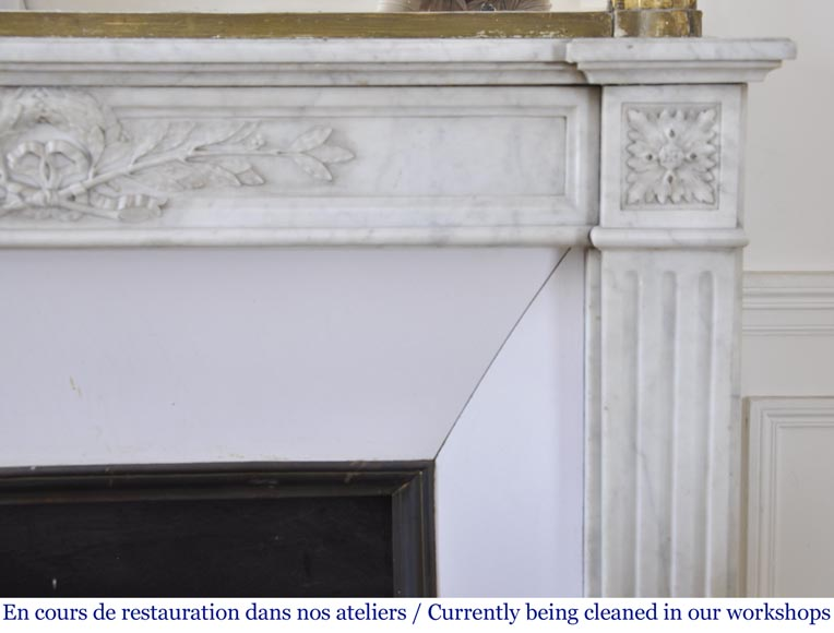 Antique Louis XVI style fireplace in Carrara marble with laurel wreath decoration-6