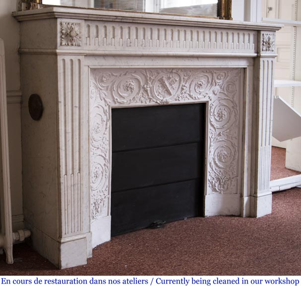 Antique Louis XVI style fireplace in Carrara marble with rudentures-2