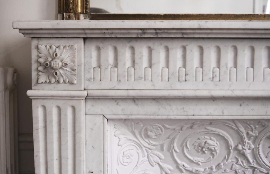 Antique Louis XVI style fireplace in Carrara marble with rudentures-3