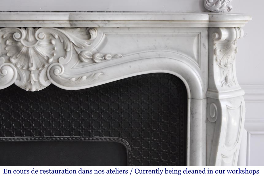Louis XV style fireplace in Carrara marble with a large shell-8