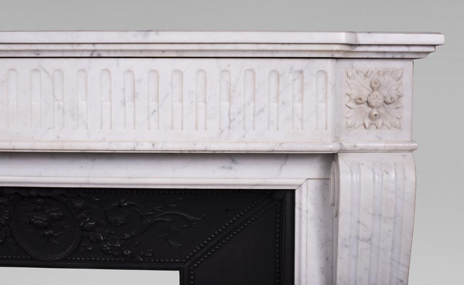 Antique Louis XVI style fireplace in Carrara marble-6
