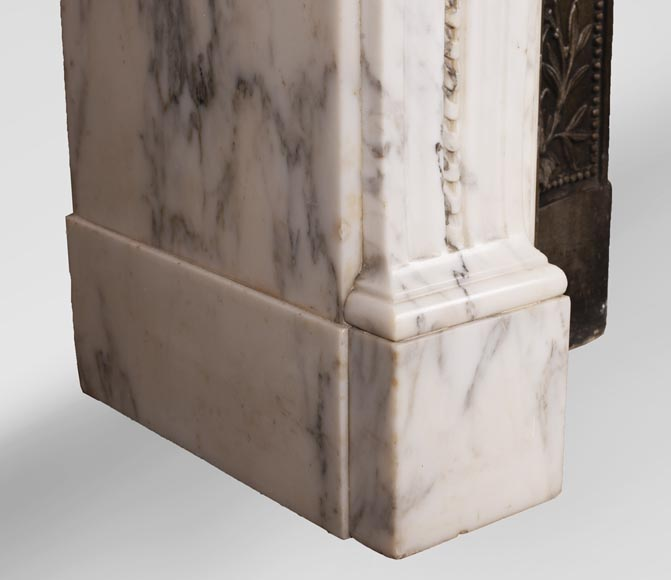 Antique Louis XVI style Arabescato marble fireplace with pearl friezes-6