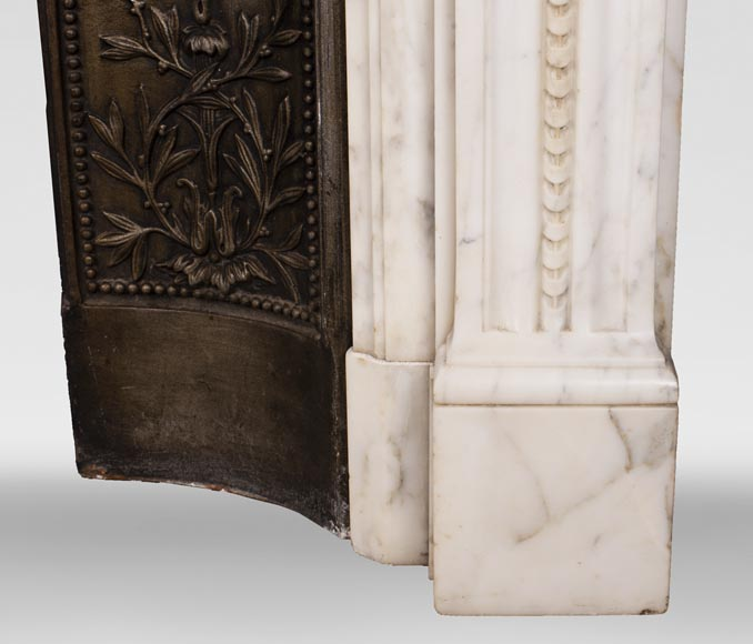 Antique Louis XVI style Arabescato marble fireplace with pearl friezes-9