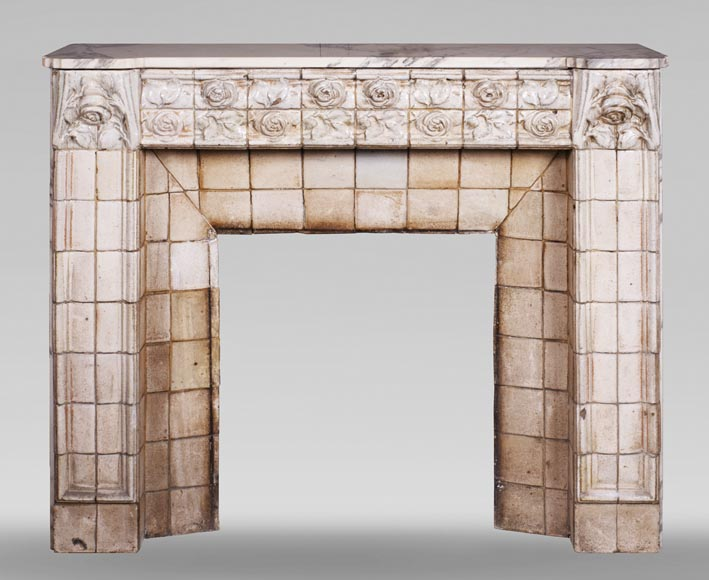 A. GENTIL and E. BOURDET (attributed to) - Antique Art Nouveau style fireplace in sandstone-0