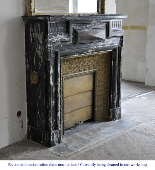 Beautiful antique Louis XIV style fireplace with acroterion, Black Marquina marble, with a Red Griotte marble inlay-2